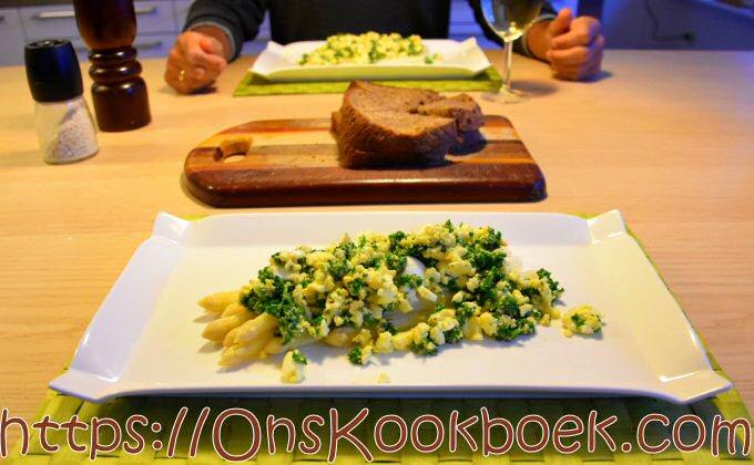 Witte asperges klaarmaken