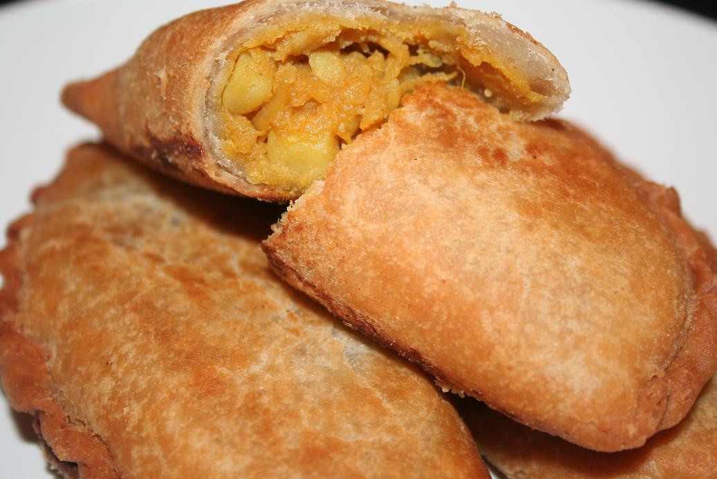 Aardappelen Pastei (Potato Curry Puff)