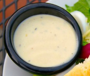 Stap voor stap salade dressing op basis van mayonaise maken